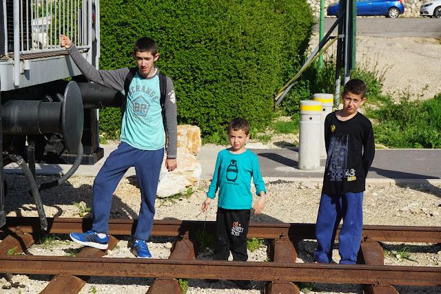 פסי רכבת העמק באלרועי