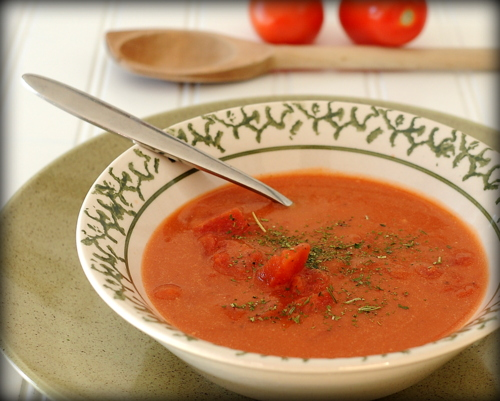 Two-Can Ten-Minute Homemade Tomato Soup ♥ AVeggieVenture.com, made from scratch in just ten minutes without the 'weird' ingredients in canned tomato soup.