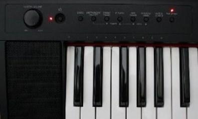 Az piano reviews review yamaha piaggero digital piano for Yamaha np11 piaggero