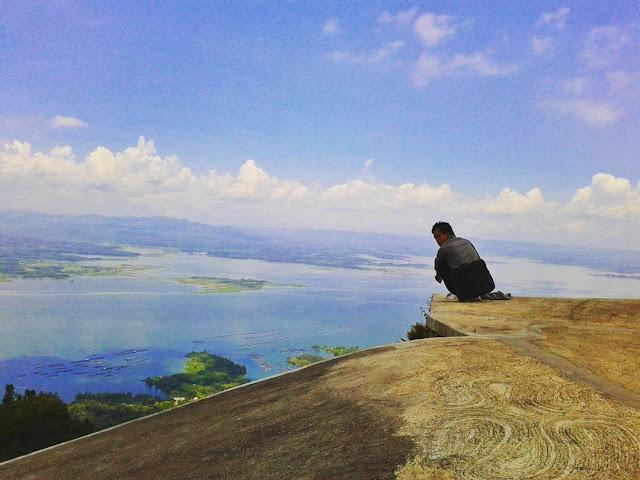 foto bukit gantole wonogiri