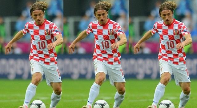 Gol-Spektakuler-Luka-Modric-Lewat-Tendangan-Voli-Kroasia-Unggul-1--0-Dari-Turki-Babak-Pertama