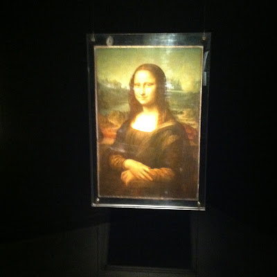 How the Mona Lisa appears in the Louvre today