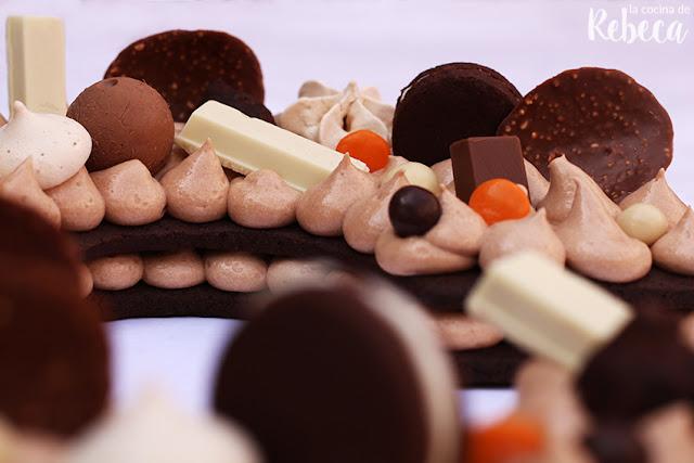 Tarta abecedario de chocolate de galletas y crema (trending cake 2018)