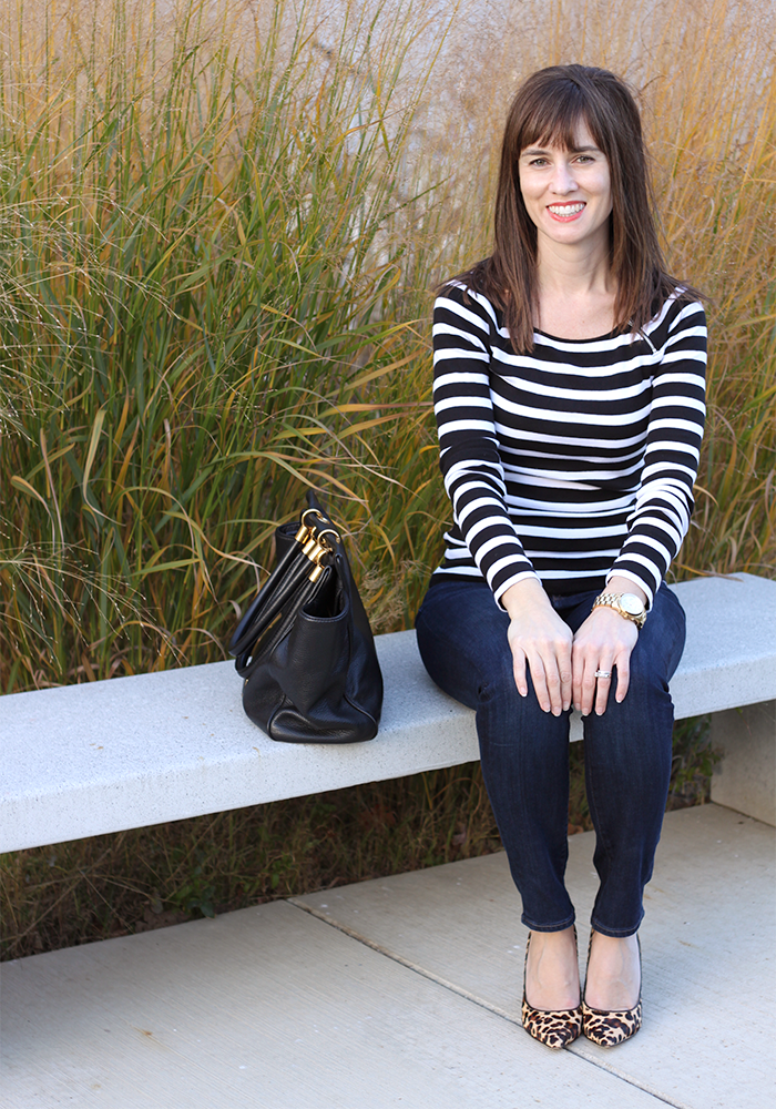 striped tee, leopard pumps, how to mix prints