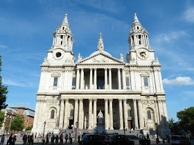 St Paul's Cathedral (Aug 2013) © Andrew Knowles