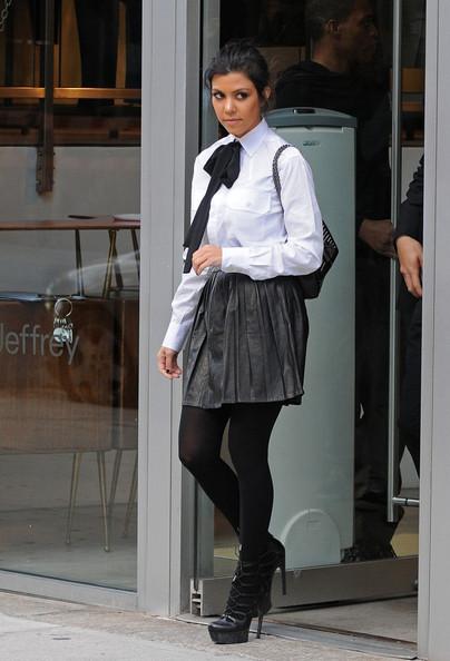 looks com meia-calça preta