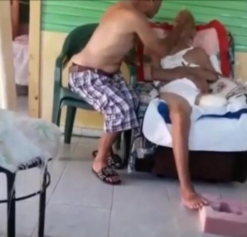 Muere anciano que fue golpeado por su hijo en Cenoví
