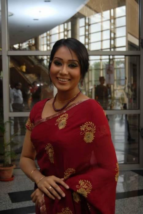 Bangladeshi Actress Zakia Bari Momo Hot And Sexy Photos -7945