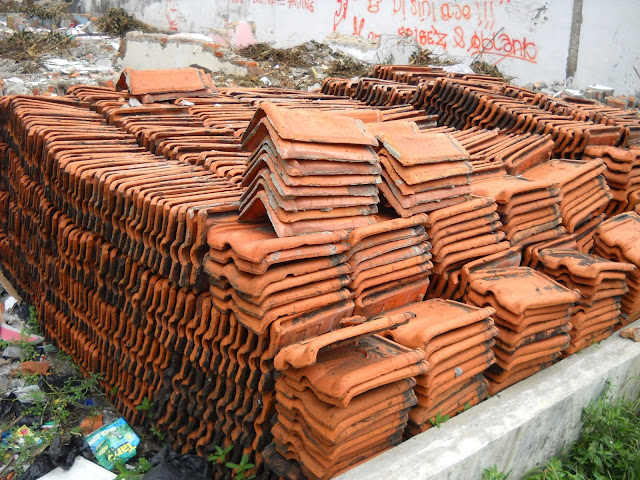 Daftar Harga Genteng Tanah Liat, Beton, Metal, Keramik Terbaru 2016
