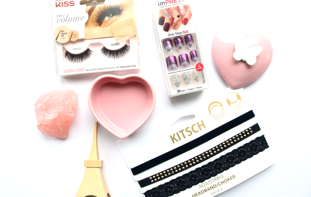 3 Finishing Touches for Your Valentine's Day Date Night Look