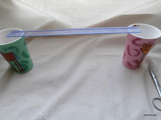 zaimprowizowana suszarka do suszenia pręcików