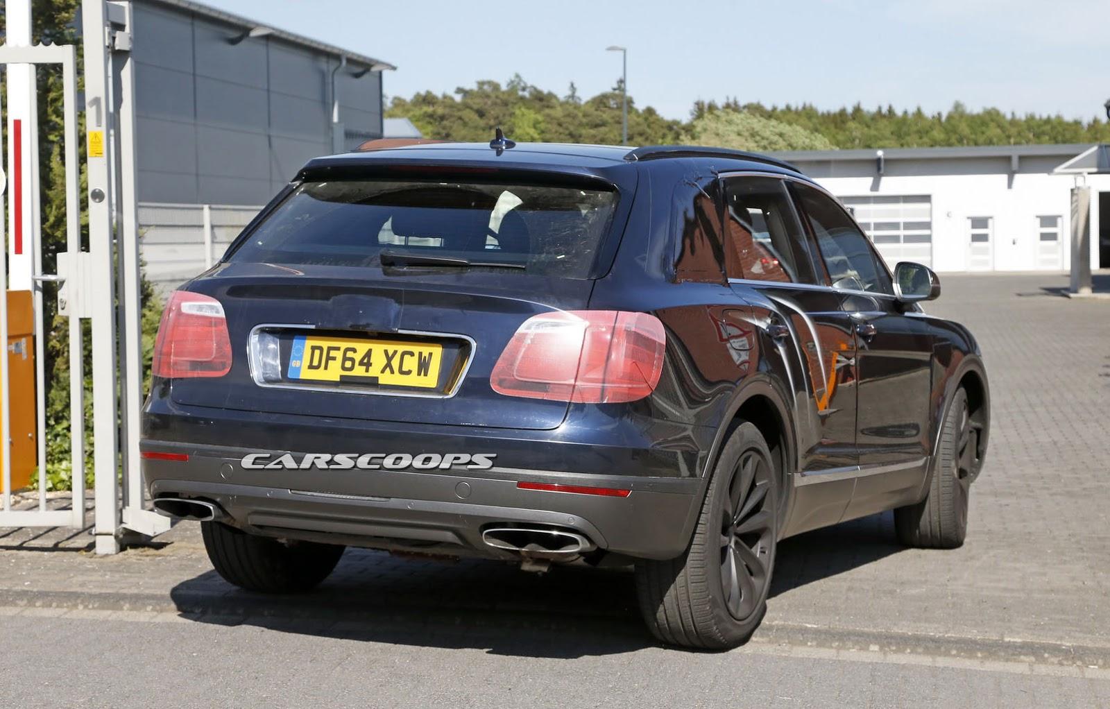 2016 Bentley Bentayga (SUV) 25