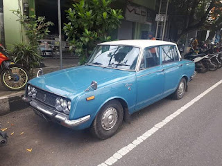 Corona Deluxe 1968 a.k.a Toyopet,  Full Paper