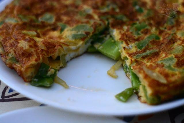 Maravillosa tortilla de judías verdes y cebollas 03