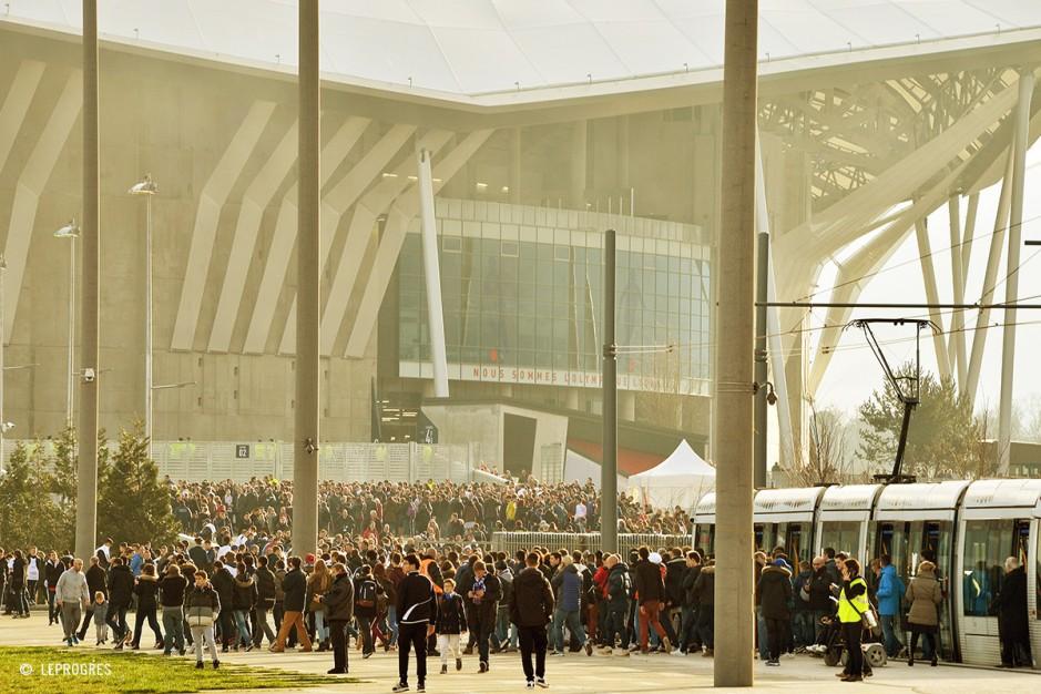 inaugurazione stadio lione