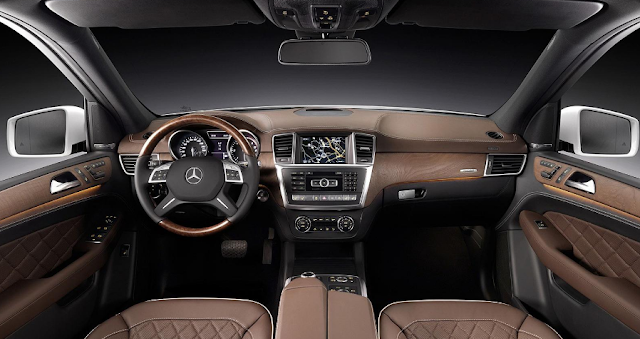 2017 Mercedes ML Interior