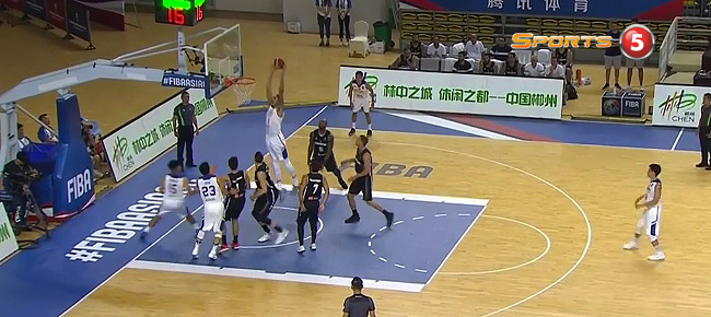 Isaiah Austin's MONSTER Alley-Oop Slam vs. Palestine (VIDEO)