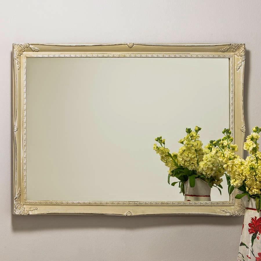 10 espejos vintage para una decoraci n de poca for Decoracion con espejos cuadrados