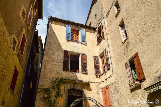 Maison typique du sud de la France