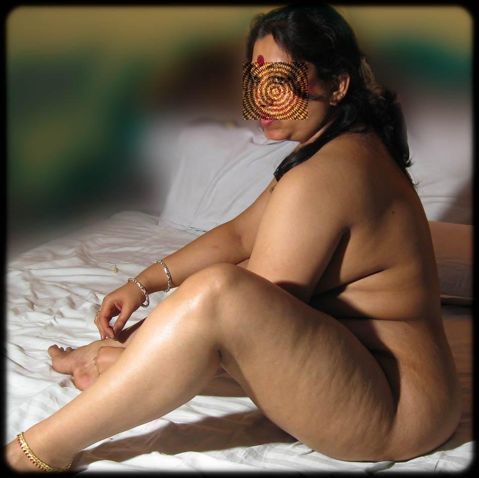 Manisha aunty nude pic