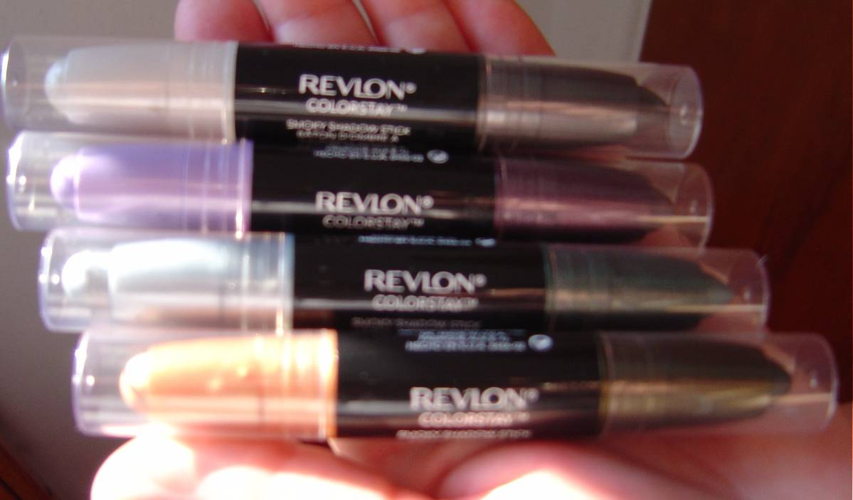 Revlon Colorstay Smoky Shadow Sticks, unpackaged.jpeg