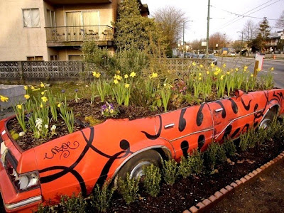 Creative and Cool Ways To Reuse Cars (30) 20