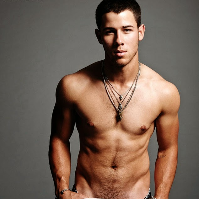 nick-jonas-big-nipples
