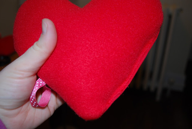 how to sew an easy hand warmer