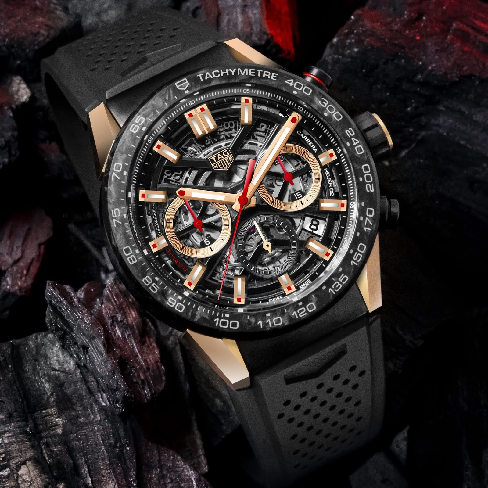 39e016b50671 Obviously with the rose gold version the only carbon fibre you re actually  getting is the bezel