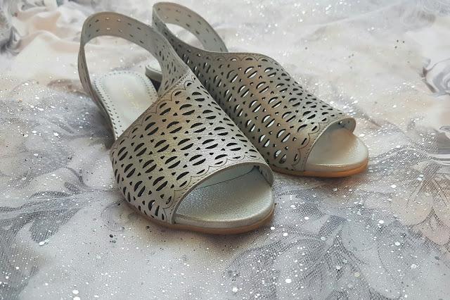 Sandały na słupku od Obuwie Joanna
