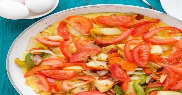 One Pan Egg Breakfast With Veggies Recipe