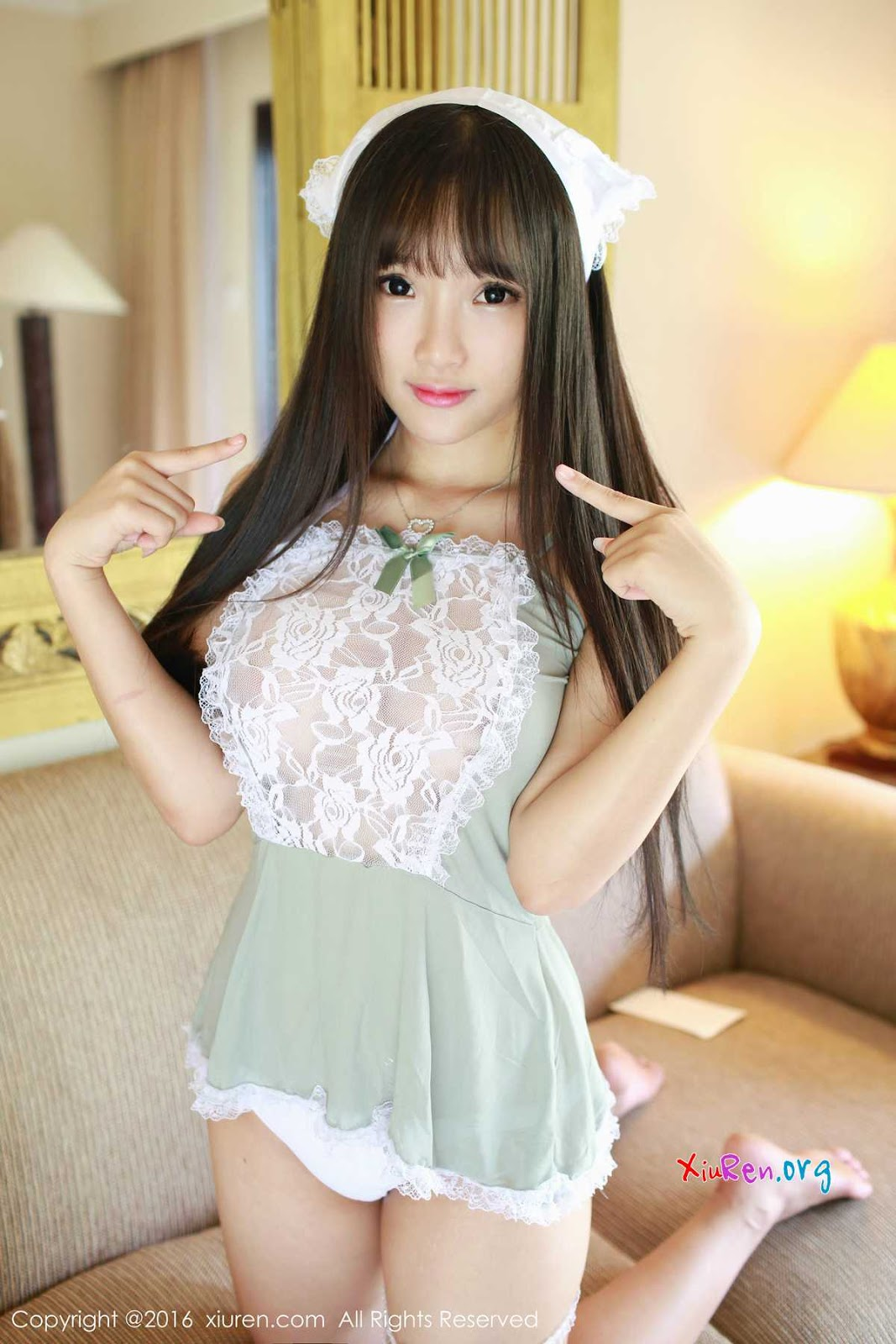 Archived: Meng YaoXia Chinese Girls Babyface Cute in Maid Cosplay Photoshoot for XiuRen