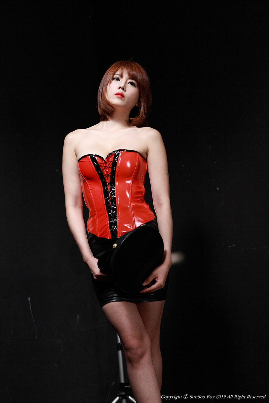 My Cute Korean Girls: Sexy Lee Mi Jung with red latex