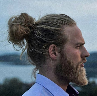 Model Rambut Man Bun