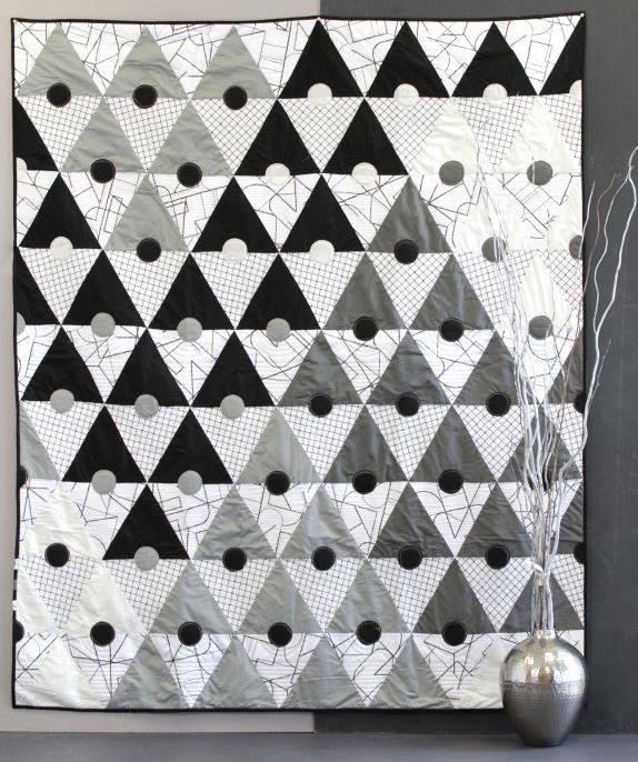 Monochromality White and Gray Drunkards Path PDF Quilt Pattern Modern Black