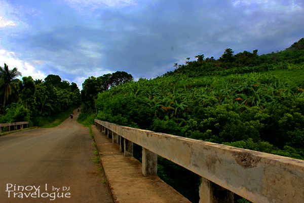 Concrete bridge going to Calinawan Cave