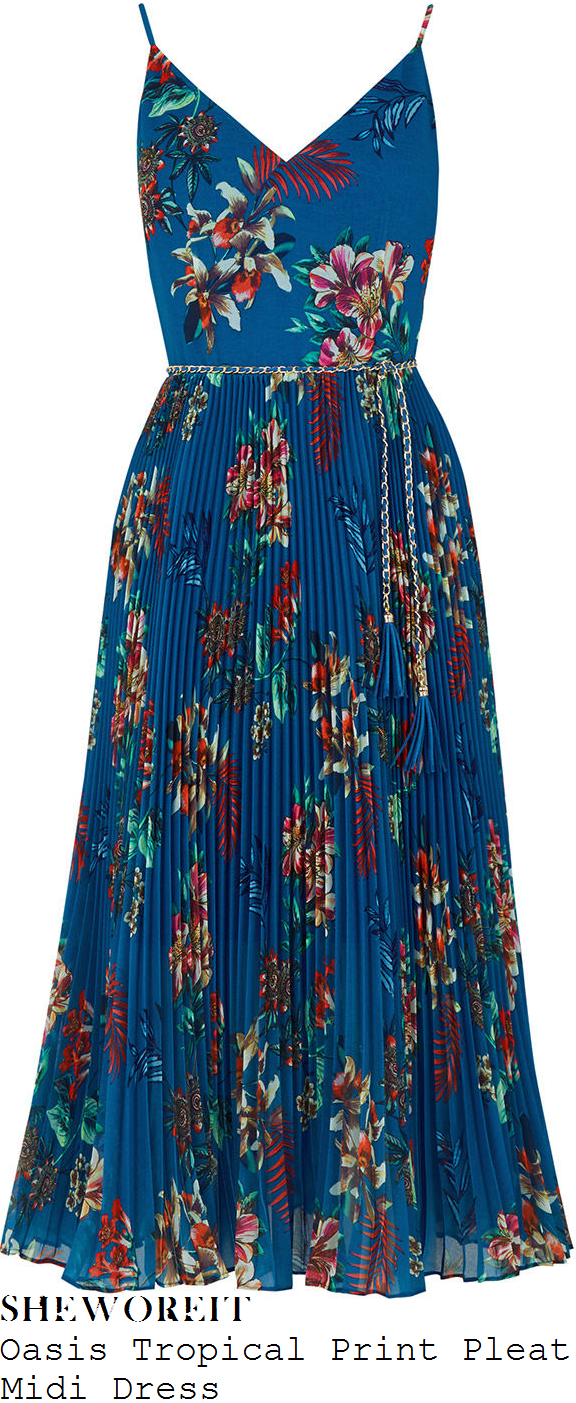 vicky-pattison-oasis-blue-red-green-and-multicoloured-tropical-floral-leaf-print-sleeveless-chain-belt-detail-pleated-midi-dress