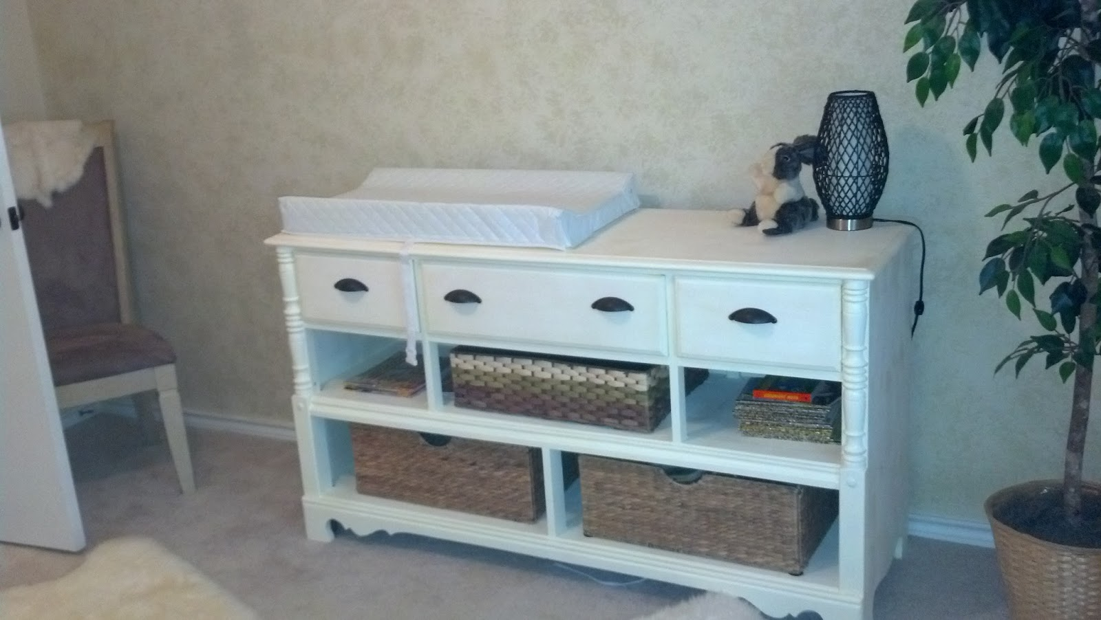 diy laundry thifty frugal easy room and baskets with realsimpledesign com dresser basket sue image from laundy