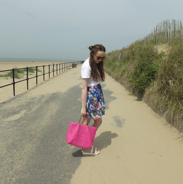 beach, OOTD, outfit, hawaiian print dress skirt, bold floral print, space buns, two buns, hipster hair, half up half down