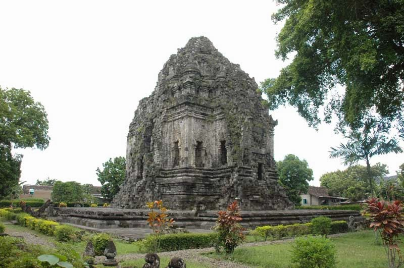 tara or kalasan temple