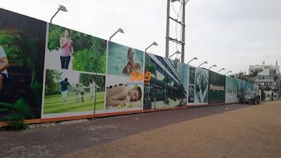 Hàng rào công trình tôn decal