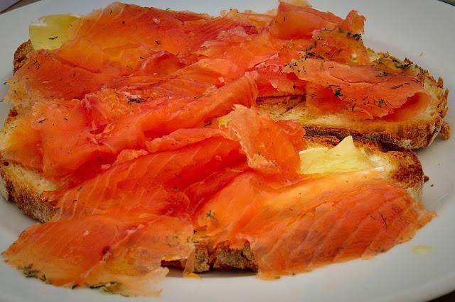 Συνταγή για Tapas με σολωμό / Salmon Tapas Recipe