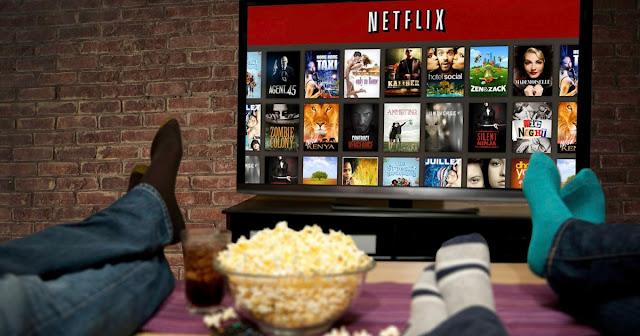 A Netflix anunciou nesta quarta-feira (30) que seus assinantes agora vão poder fazer download de filmes e séries de parte do catálogo