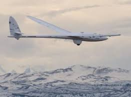 Two-pilot glider team set altitude record