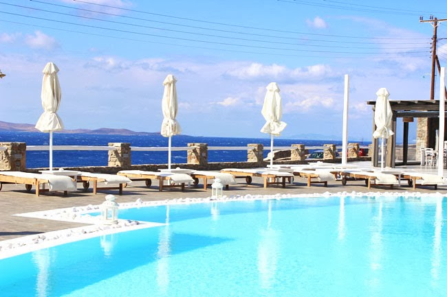 luxury hotels in Mykonos with pools