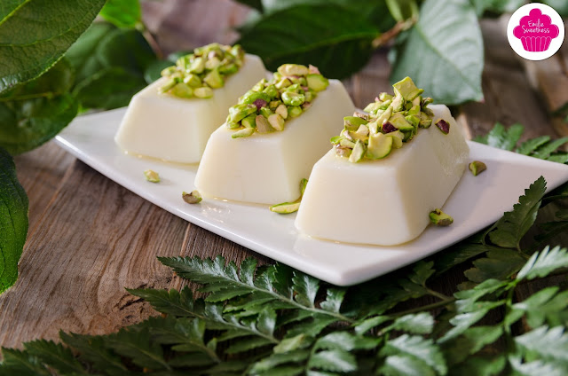 Flan libanais - Flan à la fleur d'oranger et aux pistaches - Foodista Challenge #17