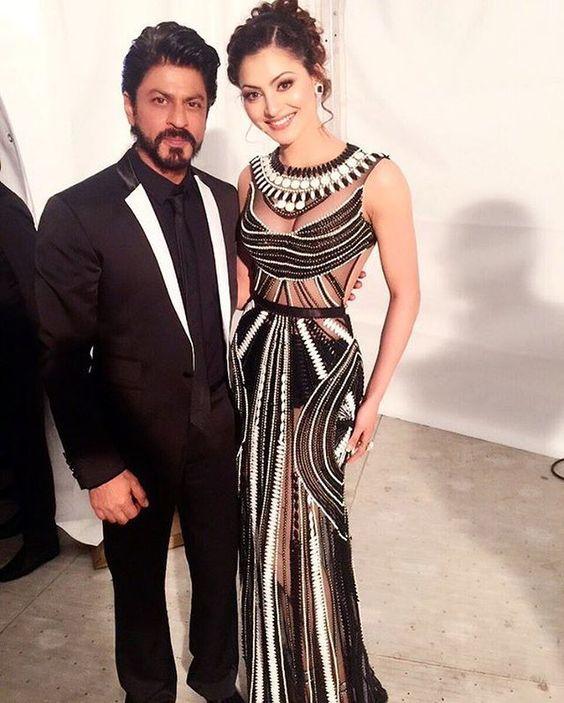 Shahrukh Khan with Urvashi Rautela