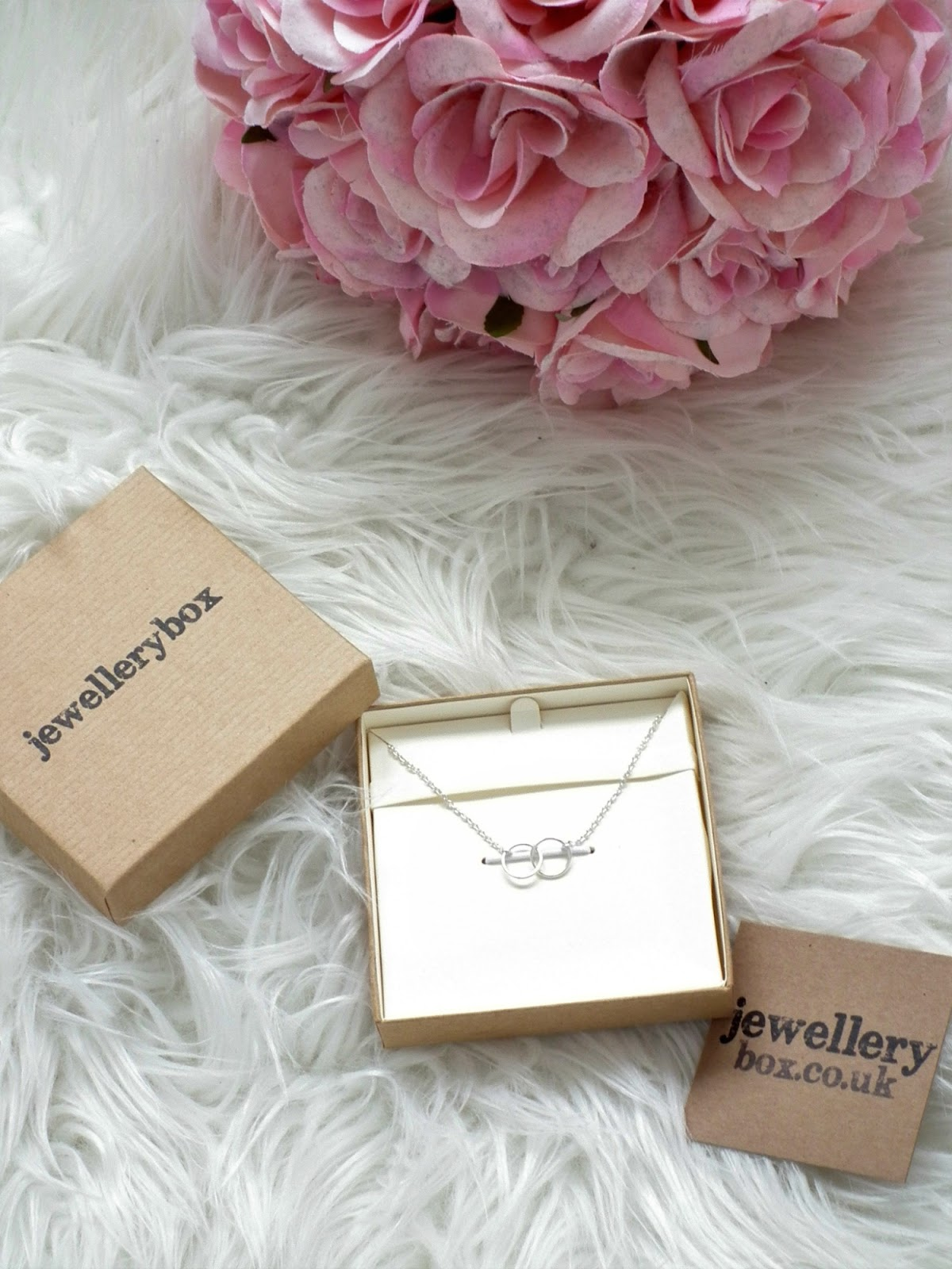 5 Things You Don't Need To Be Happy ft JewelleryBox*