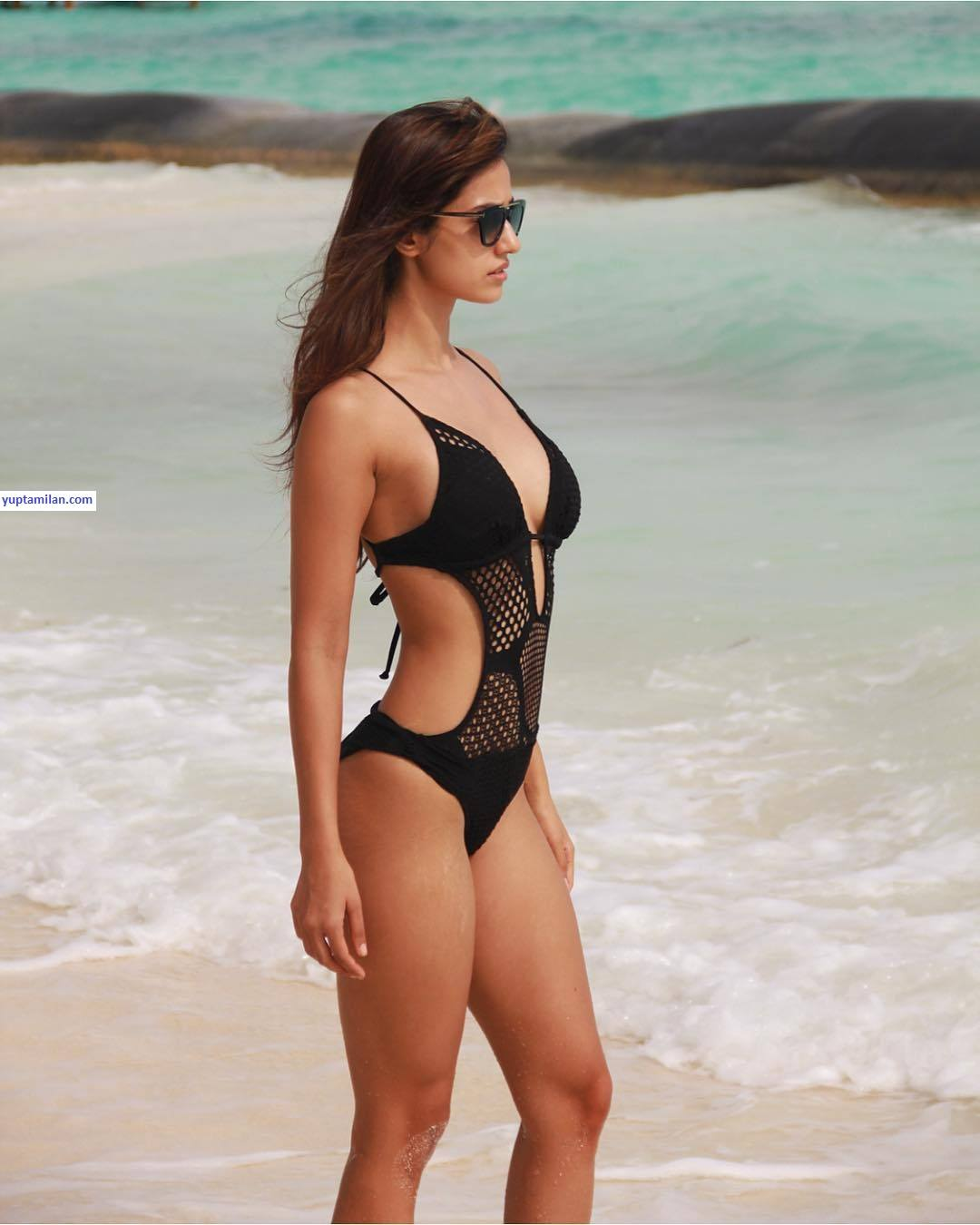 Disha Patani hot Bikini Pictures, Sexy Images in Lingerie