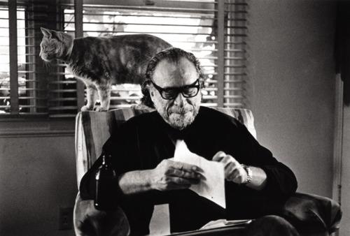 Loucos E Derrotados Ou Um Brinde à Bukowski: Melomaníako: Outubro 2011